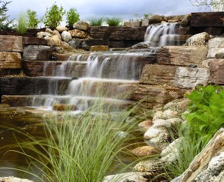 What should I know before installing a waterfall? - EasyPro